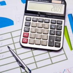 האם אני צריך יעוץ פיננסי לקבלת הלוואה?